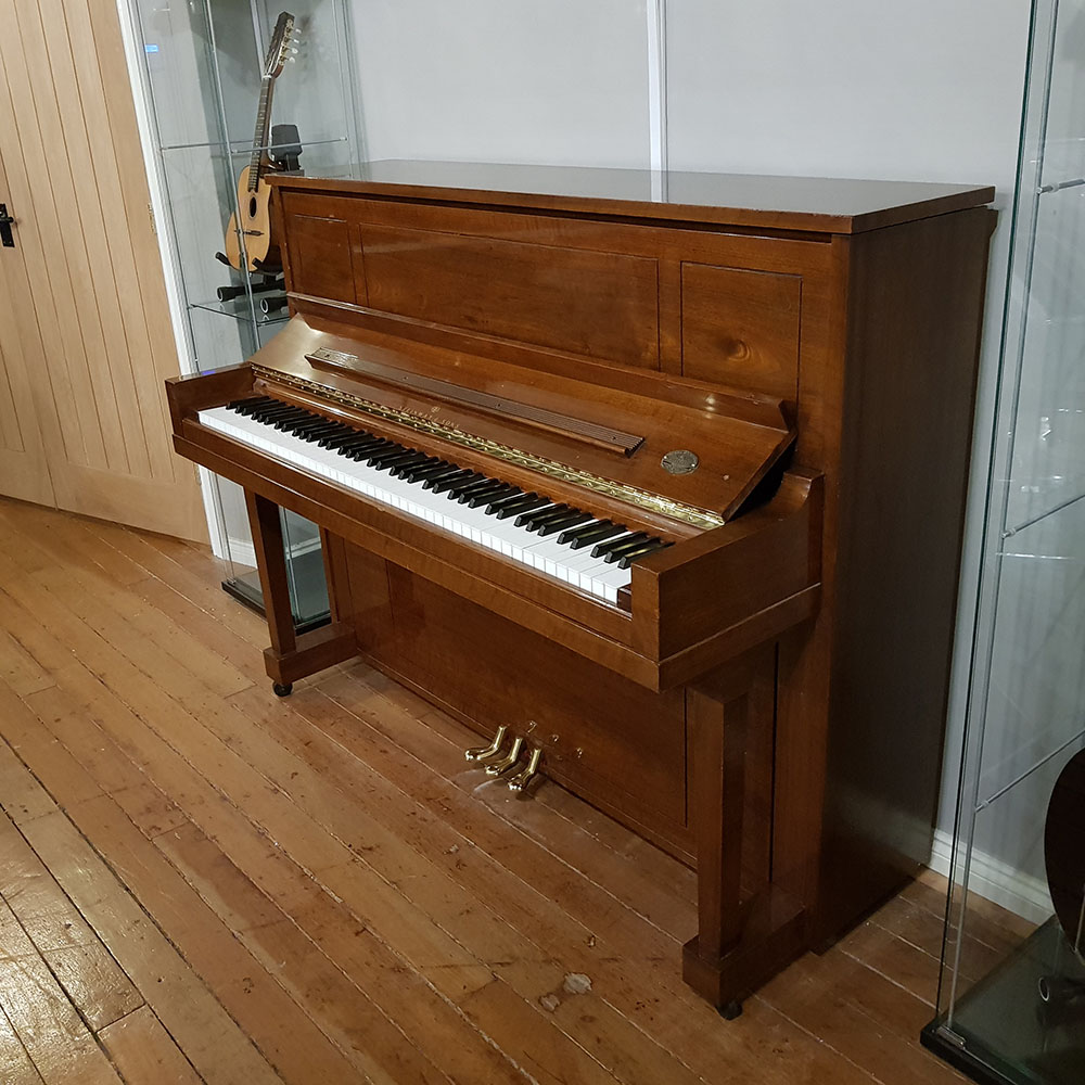 Used Steinway Amp Sons 1098 Upright Piano Crown Jewels